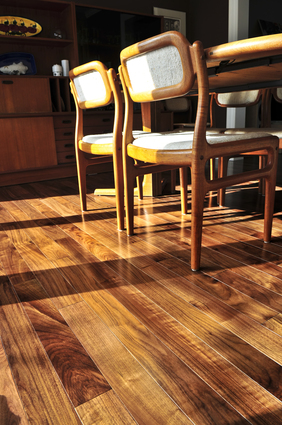 Tips-for-Keeping-Your-Hardwood-Floors-Looking-Great